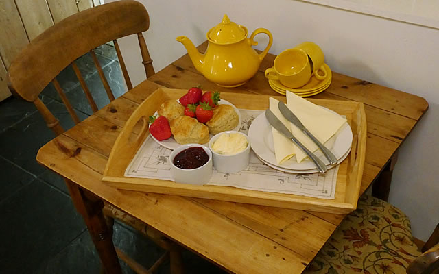 Honeysuckle Cottge - relax over a delicious cream tea on arrival